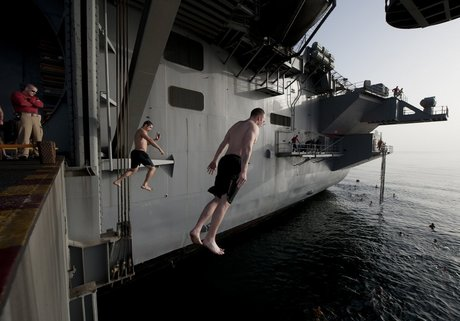 plunging-into-the-mediterranean-sea-from-the-uss-carl-vinson.jpg