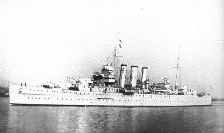 HMS_Sussex_(Warships_To-day,_1936).jpg